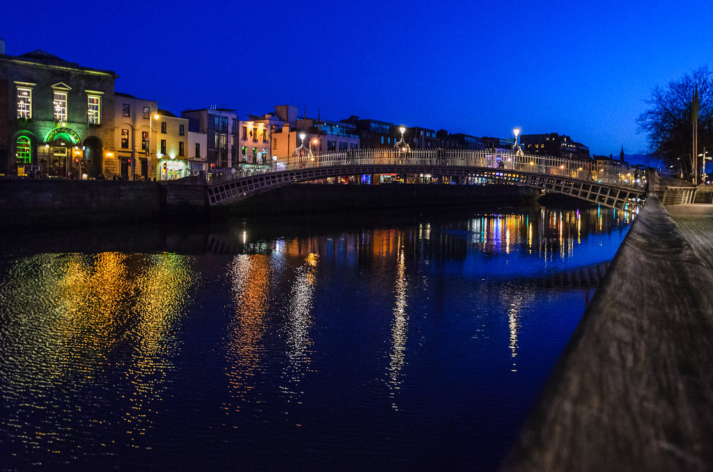 Dublin by night